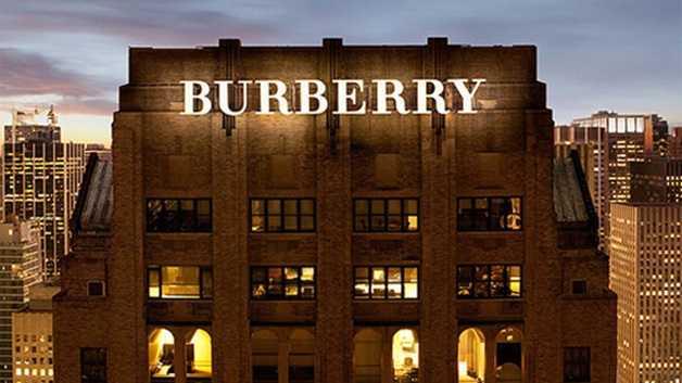 Burberry Lavora Con Noi